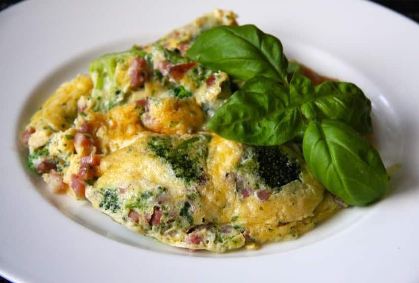 Brokkoli-Käse-Omelette