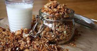 Kohlenhydratarm und zuckerfrei: das Rezept für unser Knuspermüsli