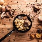 Low-Carb-Rezept für Rührei auf asiatische Art