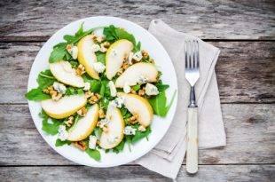 Rucola-Salat mit Schafskäse: Low Carb und so gesund