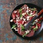 Das perfekte Rezept für die Low-Carb-Vorspeise Rindercarpaccio