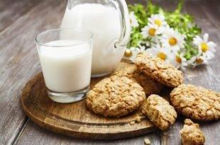 Low-Carb-Erdnussbutterkekse ohne Zucker