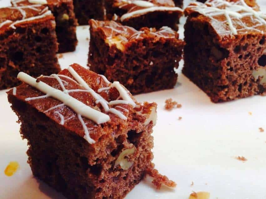 low carb rezept f r macadamia brownies. Black Bedroom Furniture Sets. Home Design Ideas
