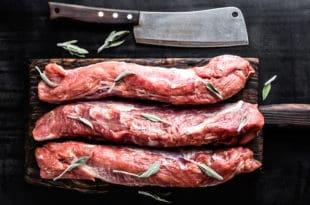 Schweinefilet auf Tomatensauce