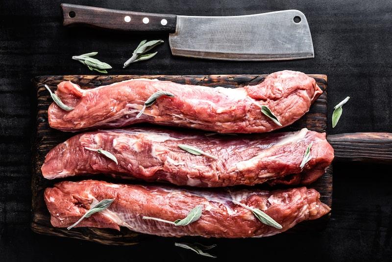 Low Carb Schweinefilet auf Tomatensauce