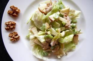 Ein leichtes Rezept für einen kohlenhydratarmen Waldorfsalat