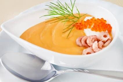 Ein herrlich einfaches Low-Carb-Rezept: Krabbensuppe!