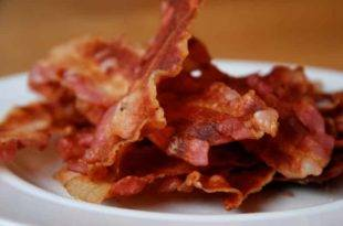 Low-Carb-Rezept für knusprige Bacon-Chips