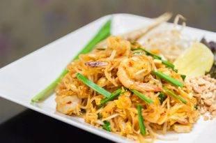Rezept für Pad Thai mit Shiratki-Nudeln - perfekt für Low Carb