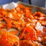 Low-Carb-Rezept für Sesammöhren aus dem Backofen
