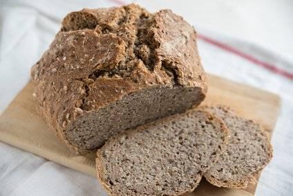 Low-Carb-Rezept für ein glutenfreies Leinsamenbrot