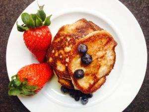 Low-Carb-Pfannkuchen ohne Zucker und Auszugsmehl