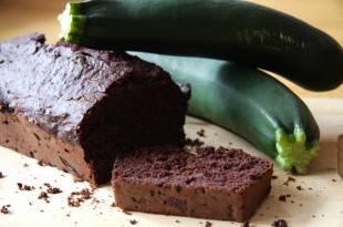 Lecker saftig und kohlenhydratarm: das Rezept für ein Schoko-Zucchini-Brot