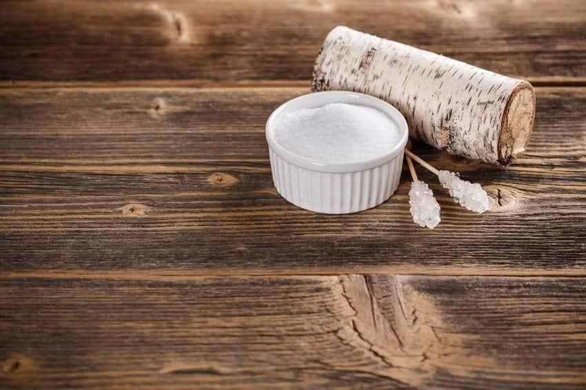 Birkenzucker oder Xylit eignet sich gut zum Backen und Kochen